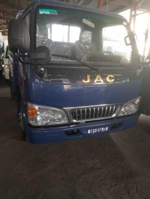 Xe tải Jac 2.4t hỗ trợ trả góp 95% giá trị xe
