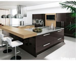 Tủ bếp gỗ Acrylic màu nâu thiết kế hiện đại – TBT69