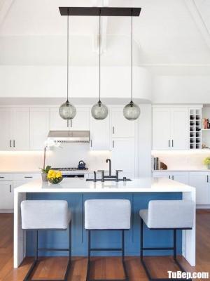 Tủ bếp gỗ Tần Bì thiết kế bán cổ điển – TBT71