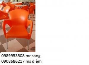 ghế nhựa giá rẻ dành cho cafe sân vườn