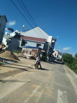 Bán nhà mặt đường Nguyễn Trãi,phường 9 , Đà Lạt
