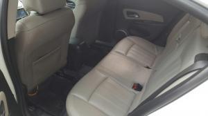 Bán Chevrolet Cruze LTZ 1.8AT màu trắng số tự động sản xuất cuối 2015 biển Sài Gòn