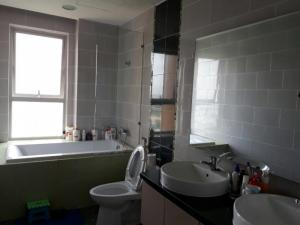 Chính chủ cho thuê căn hộ Dragon Hill 2PN, Nguyễn Hữu Thọ nội thất đầy đủ, 68m2