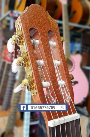 Đàn ghita cổ điển chơi classic
