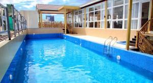 Học bơi kèm riêng hiệu quả - đóng học phí một lần học tới khi biết bơi thì thôi