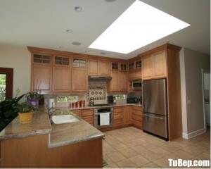 Tủ bếp gỗ Sồi nhập khẩu thiết kế phong cách bán cổ điển – TBT73