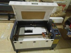 Sửa chữa máy laser 6040 làm đồ lưu niệm