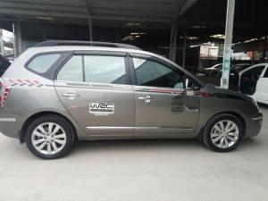 Bán Kia Carens 2.0AT màu vàng cát số tự động sản xuất 2010 biển Sài Gòn đi 57000km