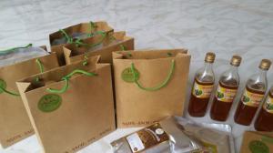 Chai 1/2lit đựng trong chai thủy tinh hoặc chai nhựa tùy theo yêu cầu của khách hàng thích hợp làm quà tặng