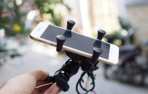 Sản phẩm mới tích hợp đế sạc chuẩn 5V-2A cho các thiết bị điện tử như điện thoại, loa bluetooth, máy ảnh, remote chụp hình...