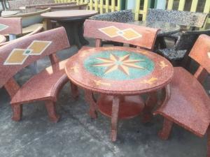 bộ bàn ghế đá sân vườn