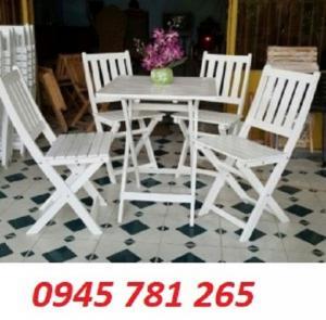 Bàn ghế cafe màu trắng gỗ xếp
