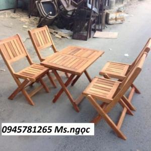 Bộ bàn ghế cafe gỗ xếp thấp