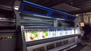 Máy in cuộn UV Jade 10