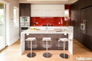 Tủ bếp Acrylic kết hợp Laminate mang lại cho không gian bếp gia đình vẻ đẹp hiện đại