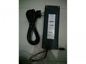 Adapter 12v-12a