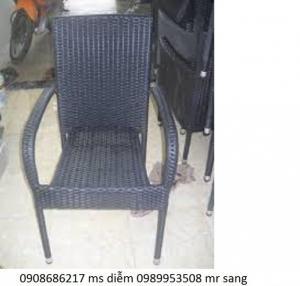 Bàn ghế cafe cần thanh lý giá rẻ nhất hgh02
