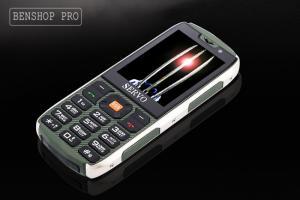 Điện thoại kiểu dáng quân đội 4 sim 4 sóng Servo H8 xanh bộ đội