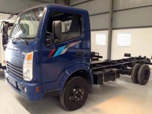 Xe tải Teraco 230 thùng mui kín dài 4m3, trọng tải cho phép 2,4 tấn - Gía cả ưu đãi cho vay lãi suất thấp
