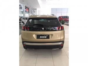 Mua xe 3008 Vàng Kim tại Peugeot Lào Cai