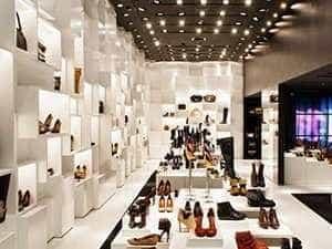 Shop giày  cao cấp cần tuyển nhân viên