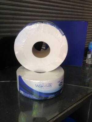 Giấy vệ sinh watersilk cuộn lớn