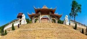 Tour Đền Cửa Ông – Chùa Cái Bầu – Chùa Ba Vàng ( 2 ngày 1 đêm)