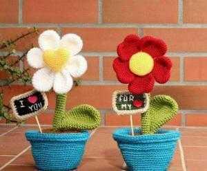 Chậu hoa len handmade