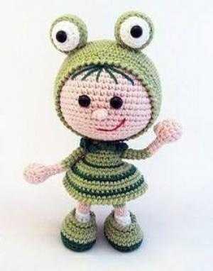Búp bê ếch