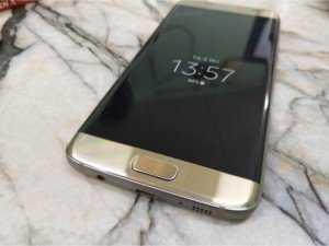 Samsung S7 edge màu gold