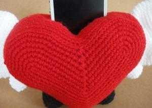 Giá để điện thoại hình trái tim