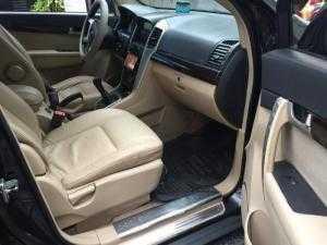 Cần bán xe Chevrolet Captiva LT 2009 sốsàn màu đen long lanh