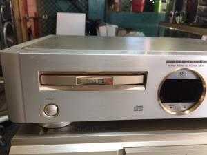Chuyên bán CD marantz 8400  hàng bải long lanh