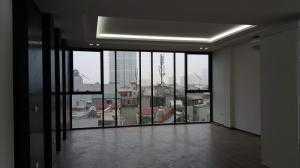 Chính chủ bán nhà Trần Duy Hưng, dt 86m2, 8 tầng đẹp long lanh, MT 7m, giá 24 tỷ