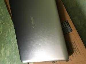 Laptop ASUS A541U, like new, full box ...