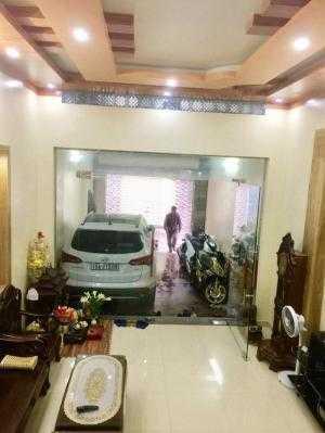 Nhà 4 tầng x 93m2, độc lập, ô tô vào nhà, ngõ to 346 Thiên Lôi, chính Đông. 2,95 tỷ