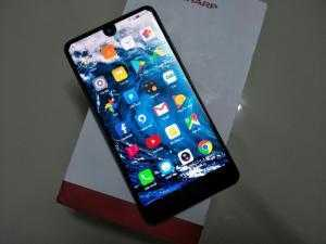 Điện thoại Nhật Sharp Aquos S2/ Sharp Aquos sh04h