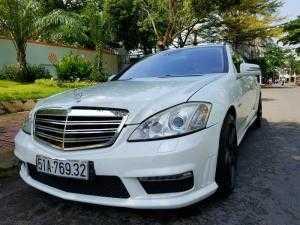 Cần bán xe Mercedes S350 đời 2006 màu trắng giá tốt