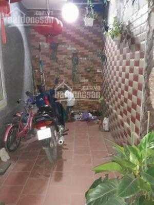 Bán nhà 4 tầng ngõ 54 Kiều Sơn có sân cổng riêng