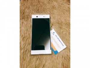 Sony XA1 Ultra trắng