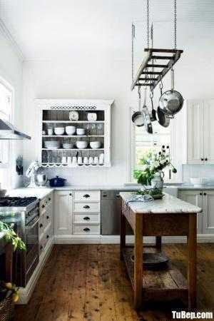 Tủ bếp chữ L chất liệu Sồi sơn men trắng sang trọng kết hợp bàn đảo – TBN0085