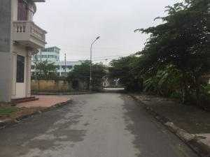 Cần bán gấp nhà 3 tầng kiên cố, chắc chắn phố Phan Đình Giót, TP Hải Dương