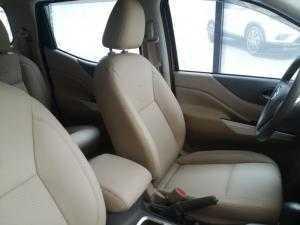 Nissan Navara giá hot chỉ 599tr, có xe giao ngay