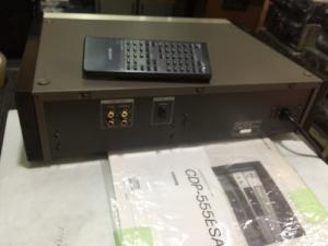 Chuyên bán CD Sony 555ESA hàng bải long lanh