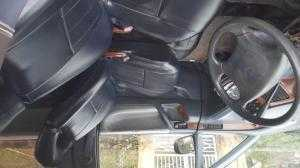 Xe ô tô Toyota Previa đời 1991 đăng ký năm 1998. Máy xăng 2.4 số tự động