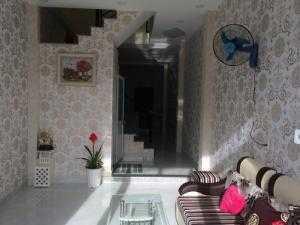 Cần bán gấp căn nhà mới xây 1 trệt 1 lầu 2.35ty sổ hồng riêng