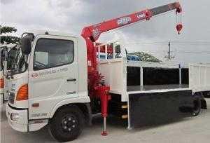 Bán xe gắn cẩu 3 tấn nhập khẩu chính hãng - Hino 6 tán gắng cầu Unic 3 tấn mới toanh .