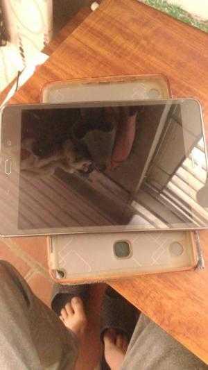 Máy tính bảng Samsung Galaxy tap a spen 355