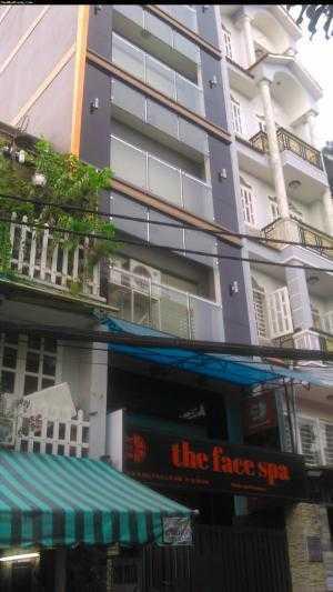 Chính chủ bán gấp ks mặt tiền đường Nguyễn Trãi, Q1, dt 4.5x20m, nở hậu 7m