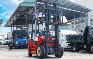 Xe nâng máy dầu Maximal 3 tấn